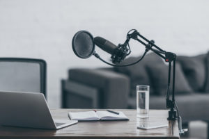 Chaque épisode du podcast sera dédié à une personnalité inspirante. Le but est de montrer aux jeunes qu'il n'y a pas de parcours « typique », que chaque idée peut devenir un magnifique parcours professionnel et qu'avec de la volonté, on peut réussir ce que l'on entreprend.
